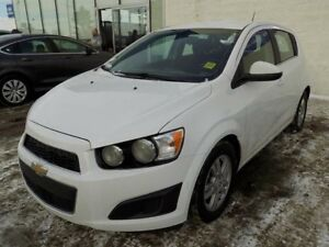 2015 Chevrolet Sonic LT/HEATED SEATS/BACKUP CAM/BLUETOOTH