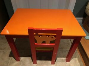 Child's desk / table and chair