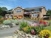 CHATSWORTH HOLIDAY APARTMENTS, NEWQUAY, CORNWALL ~ LATE DEALS