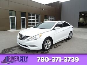 2013 Hyundai Sonata LIMITED Leather,  Heated Seats,  Sunroof,  B