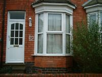 2 BED HOUSE*MUST VIEW*AVAILABLE ASAP*CALL NOW*JUST OFF STRATFORD ROAD*NEAR CITY CENTRE*MADELEY ROAD
