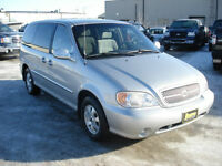 2005 KIA SEDONA, $3,950 ONLY 126KM HAS WARRANTY AND SAFETY