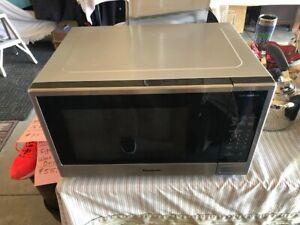 Panasonic Dimension Microwave | Kijiji in Ontario  - Buy