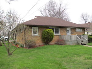 FORT ERIE 3 BEDROOM BUNGALOW