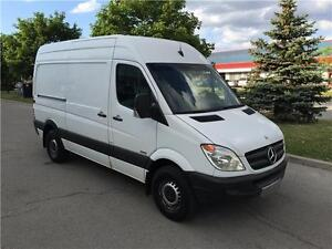 2010 MERCEDES BENZ SPRINTER 2500 HIGH ROOF*DIESEL*NO ACCIDENTS
