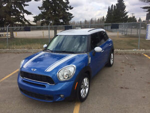 2011 MINI Cooper Countryman Countryman Hatchback