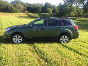 2011 Subaru Outback 2.5i Limited Pwr Moon Hatchback