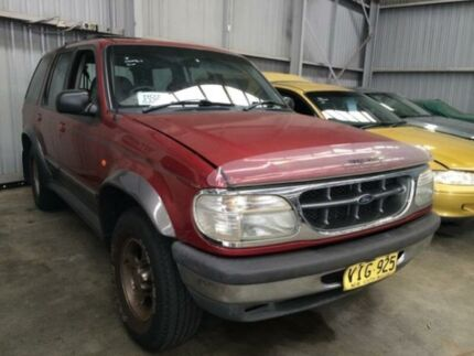1998 Ford Explorer XLT (4x4) Red 5 Speed Automatic 4x4 Wagon Macquarie Hills Lake Macquarie Area Preview