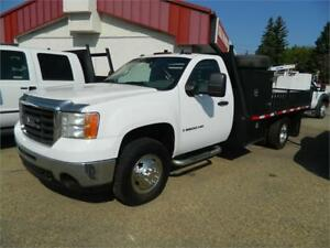 2008 GMC 3500 (1 TON) 12FT DECK