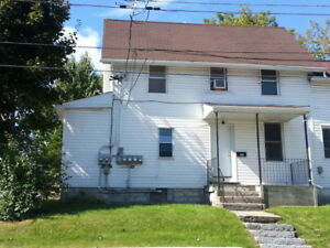 TWO BEDROOM APARTMENT CLOSE TO DOWNTOWN - 132 Patrick St