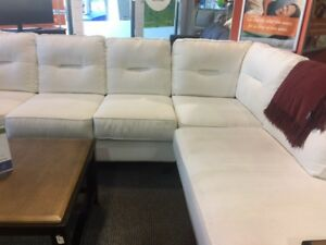 WHITE SECTIONAL - GOOD CONTDITION