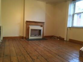 2 bed flat to rent - Central montrose