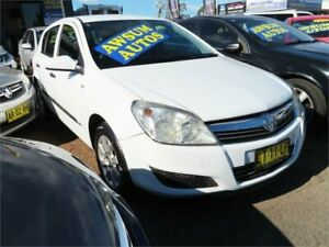 2008 Holden Astra AH MY08 CD White Automatic Hatchback Minchinbury Blacktown Area Preview