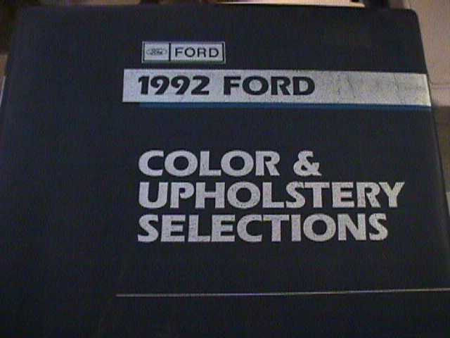 SCARCE 1992 FORD DEALER COLOR AND UPHOLSTERY SHOWROOM ALBUM