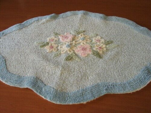 EARLY VINTAGE HANDMADE BLUES & FLORALS CHENILLE THROW RUG 24X35