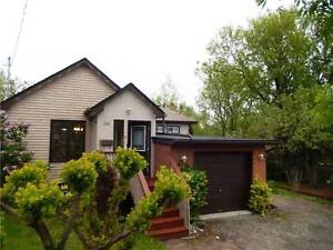 Super Private Lot - Great Location Seconds to 401