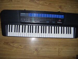 Casio CT-625 Keyboard for sale