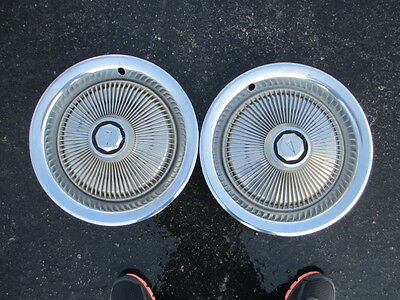 2 77 78 79 PONTIAC LEMANS GRAND PRIX AM HUB WHEEL CAPS 350 305 400 1977 1978 V8