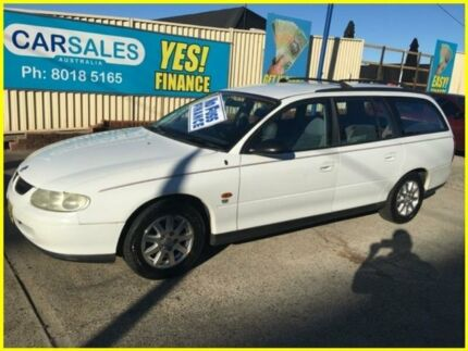 1998 Holden Commodore VT Executive White 4 Speed Automatic Wagon