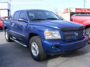 2008 Dodge Dakota SXT 4 DOOR 4X4