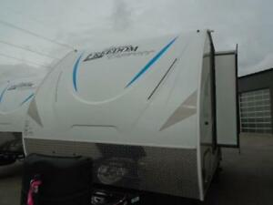 2018 FREEDOM EXPRESS 19RKS COUPLES TRAILER
