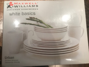 Maxwell and Williams dishes