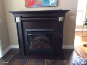 Electric fireplace/hardwood mantel