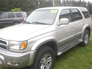 1999 Toyota 4RunnerLimited 4X4 Loaded / Leather