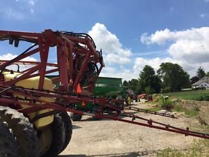 2005 Hardi Commander Plus 1200 Pull Type Sprayer London Ontario image 6