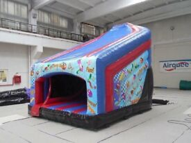 Party Themed 10ft Curved Bouncy Castle