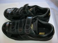 Boys Nike size 3.5