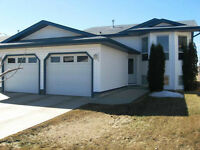 Ideal Family Home in Camrose