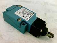 Micro Switch  LZZ21 Enclosed Precision Switch 10A 125-250VAC 300VAC Max