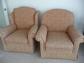 2.5 seater sofa with coordinating arm chairs.