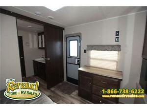 NEW 2016 Palomino Puma 39 PFK Park Model Windsor Region Ontario image 5