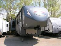 2015 SANDPIPER 355RE WITH 5 SLIDES-EASY FINANCE EASY TRADE!!