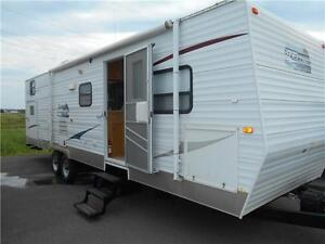 Edgewater Model 298BHE 29' Travel Trailer with Bunk Room.