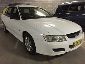 2006 Holden Commodore VZ Executive White 4 Speed Automatic Wagon Campbelltown Campbelltown Area Preview
