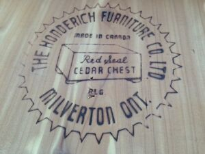 Honderich Red Seal Cedar Chest Edmonton Edmonton Area image 2