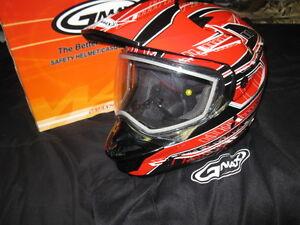 new gmax L red helmet