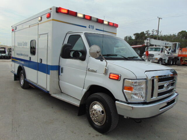 Image 1 of Ford: E-Series Van E-450…