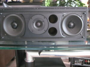 DefinitiveTechnology  centre speaker C1