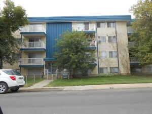 1 & 2 Bedroom Apartments FREE PARKING FREE LAUNDRY
