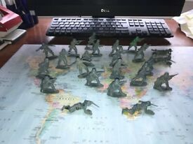 Original 202 Airfix soldiers from the 70's-
