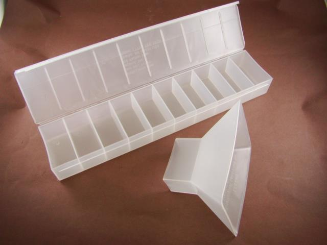 Rock / Gem / Ore Sample Kit - Funnel & 10 compartment Container Gold-Silver