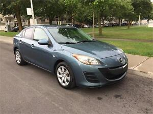 2010 MAZDA 3,  MANUEL , TOUTE EQUIPE , 4 CYLINDRE 2.0 LITRES