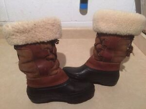 Women's Baffin Insulated Winter Boots Size 6 London Ontario image 2