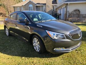2015 Buick Lacrosse FWD Hybrid (only 16,000 km)