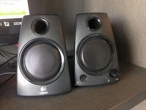 z130 Logitech Stereo Speakers