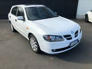 2004 Nissan Pulsar N16 S2 MY2004 Q White 4 Speed Automatic Hatchback Invermay Launceston Area Preview